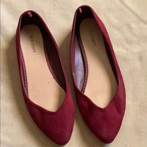 Old navy maroon flats
